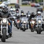 Как ведут себя байкеры на дороге
