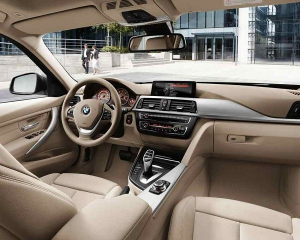 BMW 3-Series Touring 2013