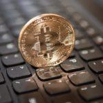 Стоимость Bitcoin впервые за три года превзошла $1000