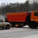 В центре Киева грузовик въехал в джип