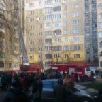 Под Киевом произошел масштабный пожар в жилой многоэтажке