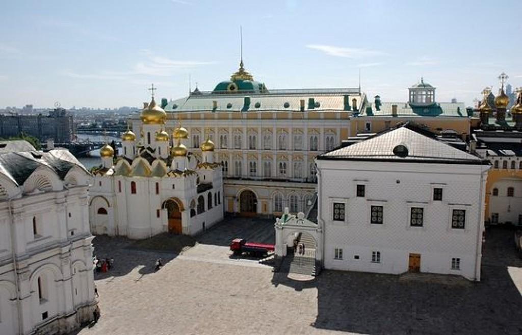 восстановление монастырей Кремля