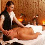 Член избиркома Зеленограда попалась на организации притона с массажем
