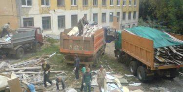 """""""недодел"""" со строительным мусором"""