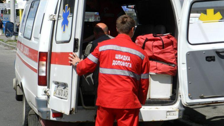 В Киеве избили медика