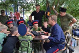 В Крыму детей привлекают к пропаганде
